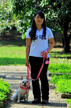 Janaina Hakamada Passeadora da Tudo de Cão